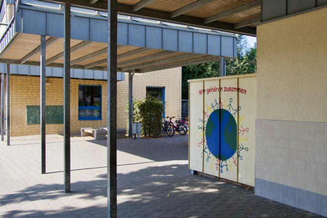 Förderverein Schulhof Übergang - 1